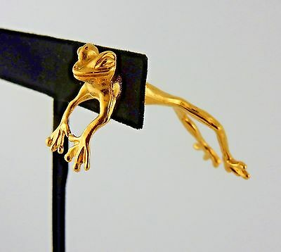 Gold plated Leaping Frog EARlusion 3D single earring