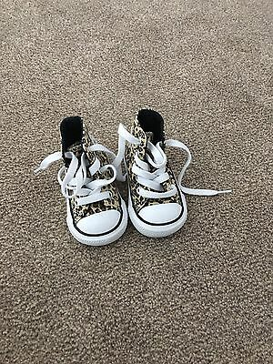 baby size 2 converse