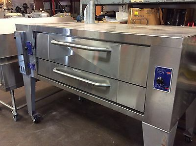 BAKERS PRIDE Y-600 Gas Pizza Deck Oven