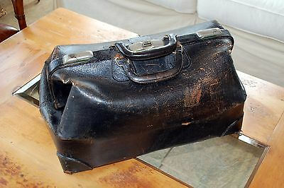 Rugged Vintage Doctors Bag Rustic Style Very Cool Accent