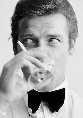 007 JAMES BOND ROGER MOORE 'SHAKEN, NOT STIRRED' POSTER Art Print Photo A3 A4