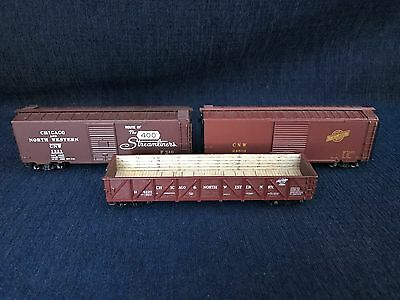 HO Chicago North Western Box cars/Freight cars Set Of 3