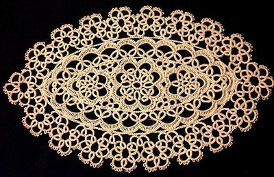 Exceptional Antique Hand Made Tatting Lace Doily Wonderful Design 9 1/2 x 6""
