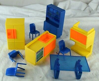 Vintage 1960's-70's Mod Arco Doll House Furniture Dawn Dolls Items?? Hong Kong
