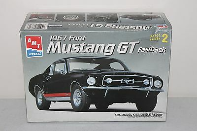 1967 Ford Mustang Gt Fastback Amt 1/25 Model Kit