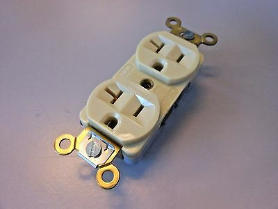 Hubbell HBL5352I Duplex Receptacle, 3-wire Grounding, 20A, 125V, IVORY