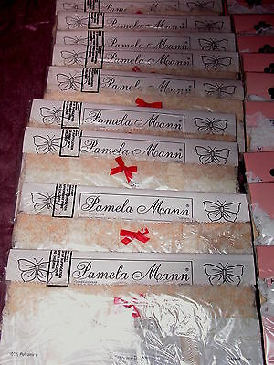 *** Brand New Pamela Mann Lace Suspender Belts - Cream With Red Bow ***