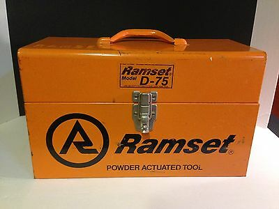 RAMSET FASTENING TOOL Model  D-75 complete set in box