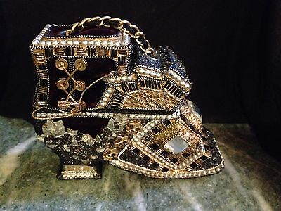 Vintage, Rare Embellished Beaded Box Purse Women's Shoe Made in the Philippines