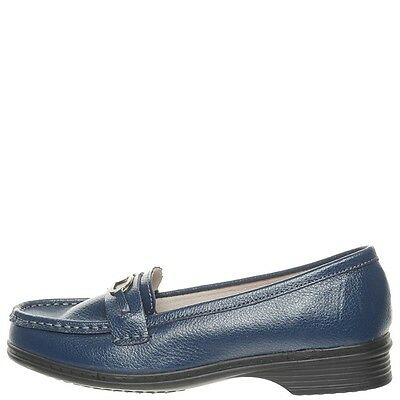 Comfort Me Never Womens Leather Everyday Shoe - Navy