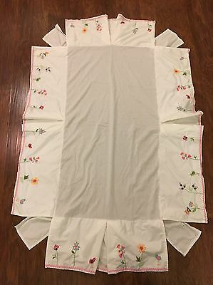 Pottery Barn Kids Crib Skirt Nursery Embroidered Floral Birds Baby (E)