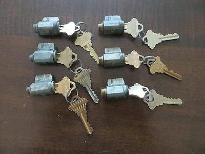 Locksmiths!   Lot of 6 old style Schlage F-Series cylinders with keys