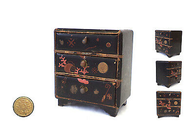 Antique Japanese Black Lacquered Box - Jewelry Box