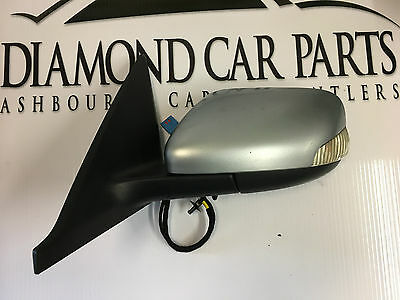 2006 Volvo V50 Left Passenger Side Wing Mirror 30744580