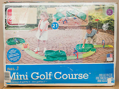 Step 2 Mini Golf Course #771400 Backyard Kids Jr. Golfing Game in Box (-1 Ball)