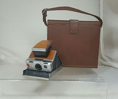 Polaroid sx-70 Land Camera with Original Leather Case and Accessories