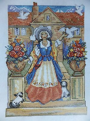 Beautiful Lady of the Manor  Pattern / Chart in Counted Cross Stitch