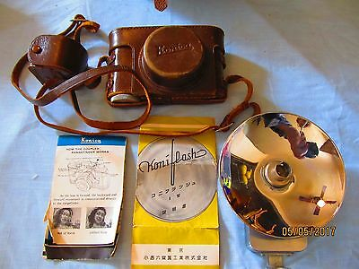 Vintage  Konico 35 mm Rangefinder No. 33730 with Bag & Accessories