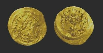 Byz. JUSTINIAN 1st. 527-565 AD. Gold TREMISSIS.