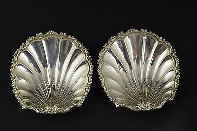 Pair of silver ashtrays shell-shaped. Spain, 20th century.
