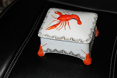 Vintage Victoria Carlsbad Austria Lobster Covered Dish