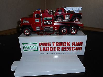 Hess Toy Truck 2015 Fire Truck And Ladder Rescue In New Condition