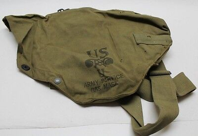 WWII US Kidney shaped gas mask bag khaki gently used E4357