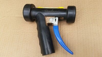 Strahman Automatic Water Saver Heavy Duty Cold / Hot Spray Nozzle H-20