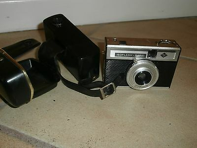 VINTAGE 1960s AGFA ISOFLASH RAPID CAMERA AND CASE Made in Germany
