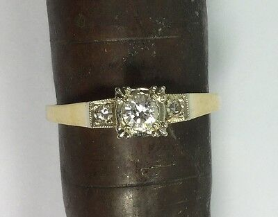 VINTAGE 14K WHITE AND YELLOW GOLD DIAMOND ENGAGEMENT RING - Estate Jewelry