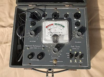 VINTAGE TUBE TESTER - ACCURATE INSTRUMENT CO. - Model 151 & INSTRUCTION Book