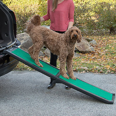Pet Gear Bi-Fold Pet Ramp with SupertraX Mat Folding Truck SUV Capacity 150 lbs