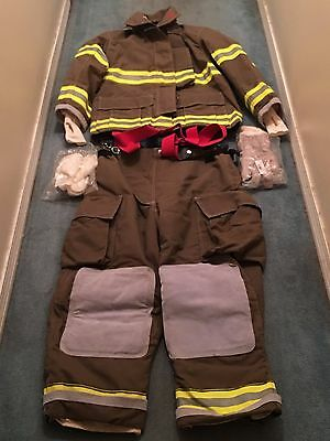 Globe Firefighter Turnout Suit Gloves  and Lined Hood  Brand New