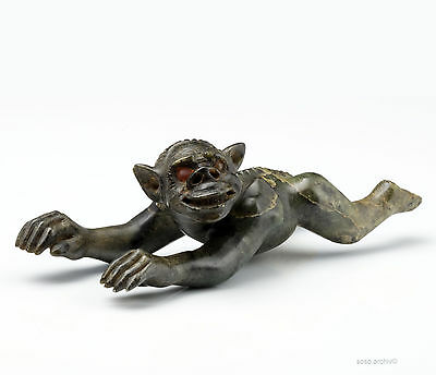 Inuit Art Dämon Speckstein Native Art Greenland Demonic Figure Soapstone mid 20.