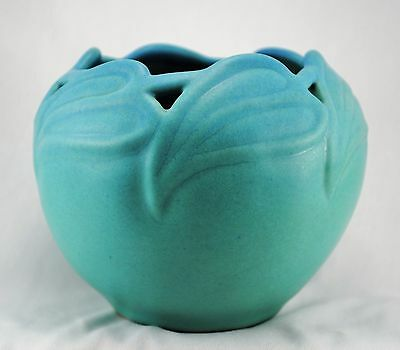 Van Briggle Arts Crafts Pottery Ming Turquoise Philodendron Leaf Cutout Vase