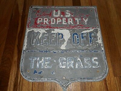 Vintage Old US PROPERTY KEEP OFF THE GRASS Shield Metal ADVERTISING SIGN