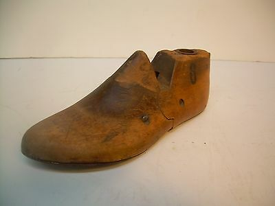 Antique Wood Childs Shoe Last~6.5 D~Factory Industrial Mold