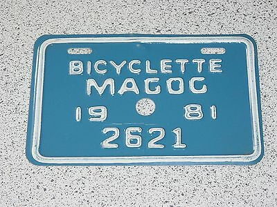 1981 Quebec Canada Magog Bicycle License Plate 2621 Bicyclette