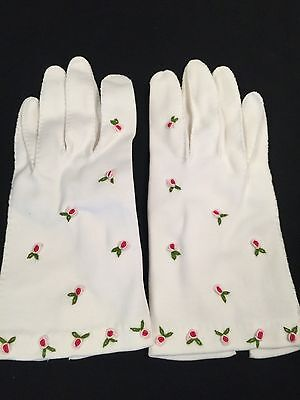 Vintage White Cotton Gloves Ladies Girls Small Stitched Roses