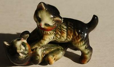 Vintage Double Playing Porcelain Cat-Kitten Figure-Unmarked-Great Facial Detail