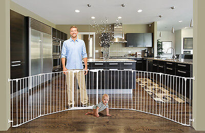 BNIB Dreambaby Mayfair Converta Playpen gate pet Child Baby safety