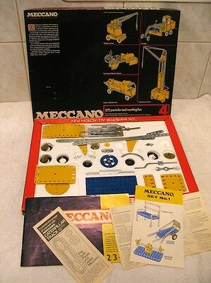 Meccano Construction Set Number 4