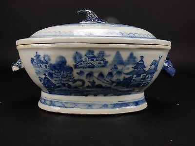 Antique Chinese Export Nan King Tureen with Boars head Handles 18th century 12 ""