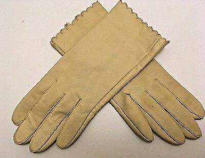 Pair of Cream Color Leather Women's Gloves Mid-Century
