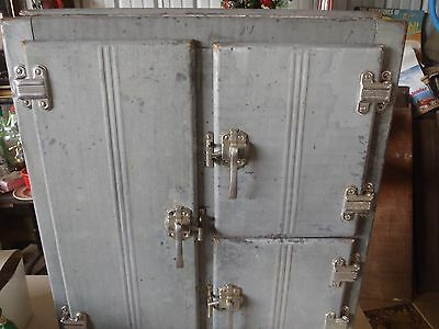 Nice Vintage Ice Box,metal Ice Box,antique