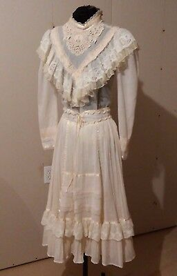 Jessicas Gunnies Vintage Blouse and Skirt Creme Ruffles and Laces Size 5 Boho