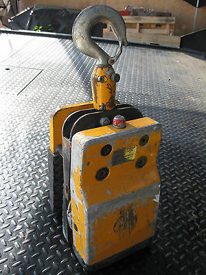 ABACO 50 New Generation Slab Lifter