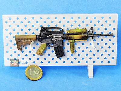 Firearm Rifle M4A1  Desert Camo Operation 1:6 Scale Action-Figur Modell M4A1_B