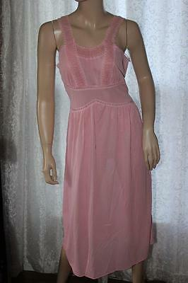 Vintage Movie Star Mid-Length Pink Nylon & Lace Nightgown - Small (4405)
