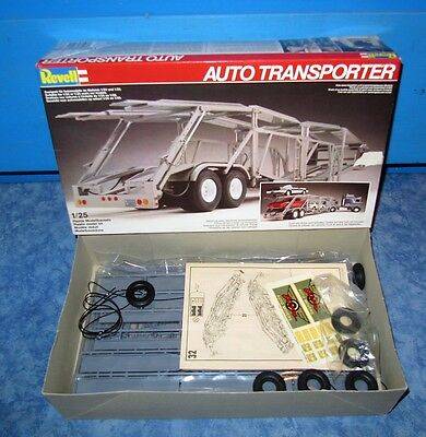Revell 1:25  Auto Transporter in OVP No. 7424